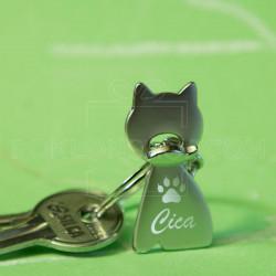 Metalni privezak maca