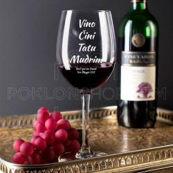 Vino čini tatu mudrim poklon čaša za vino
