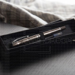 Metalna olovka sa ženskim imenom