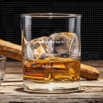 Prava mera poklon čaša za viski