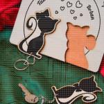 Mače nosač ključeva sa privescima
