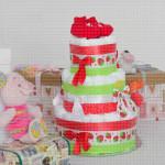 Crvene patofne poklon torta od pelena