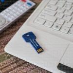 Sigurno vađenje USBa poklon USB