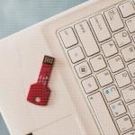Srećan Božić poklon USB